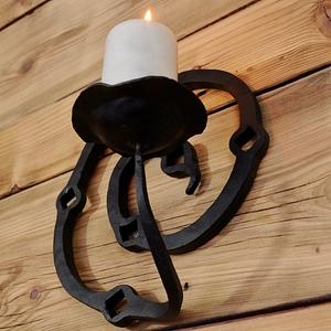 Idealny kuty ręcznie świecznik ścienny