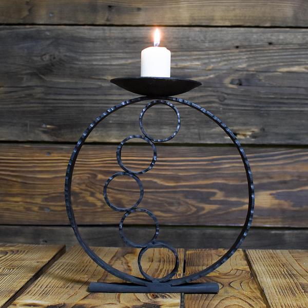 świecznik stojący