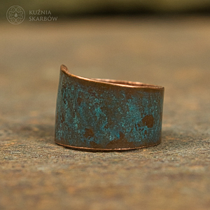 Cudny kobiecy miedziany pierścionek