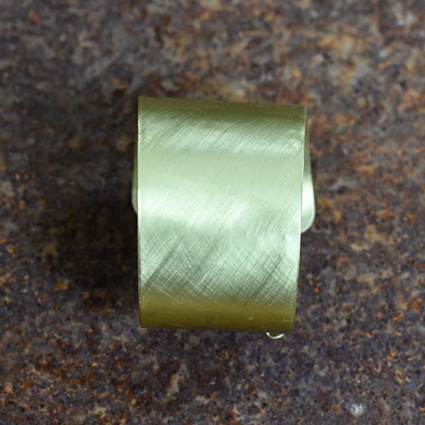 Mosiężna przecierana bransoleta kuta ręcznie